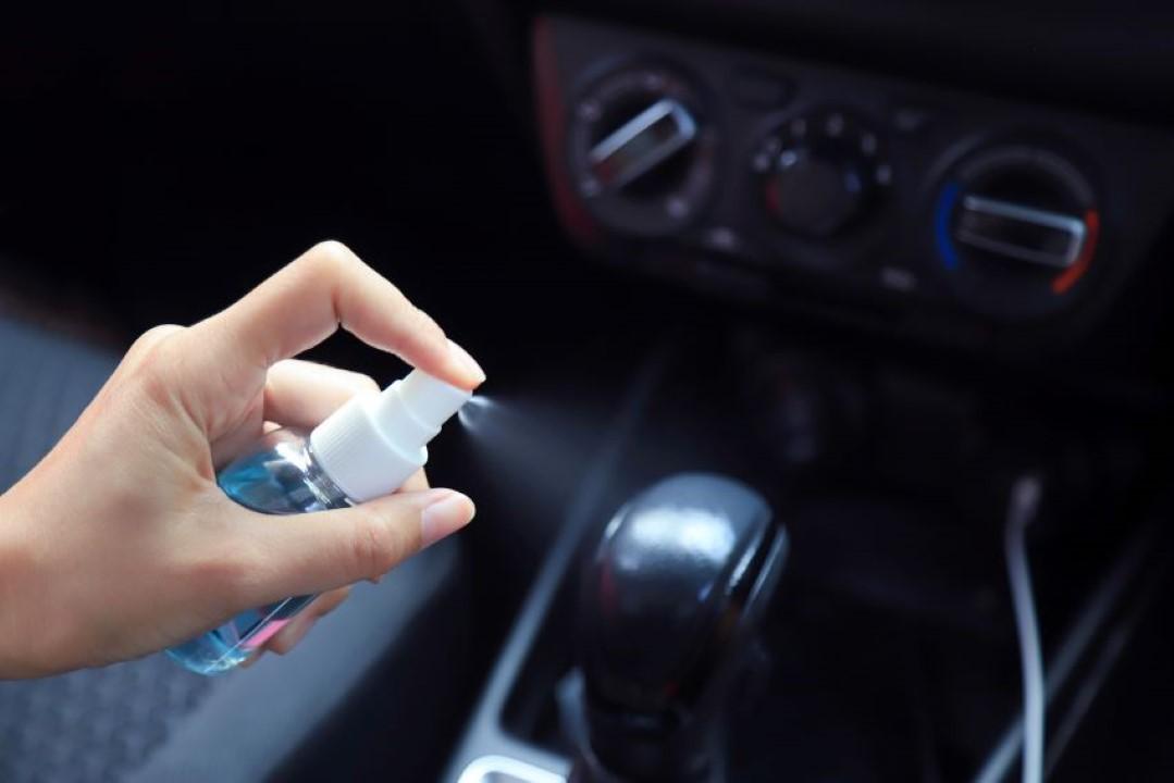 Desinfectar coche coronavirus